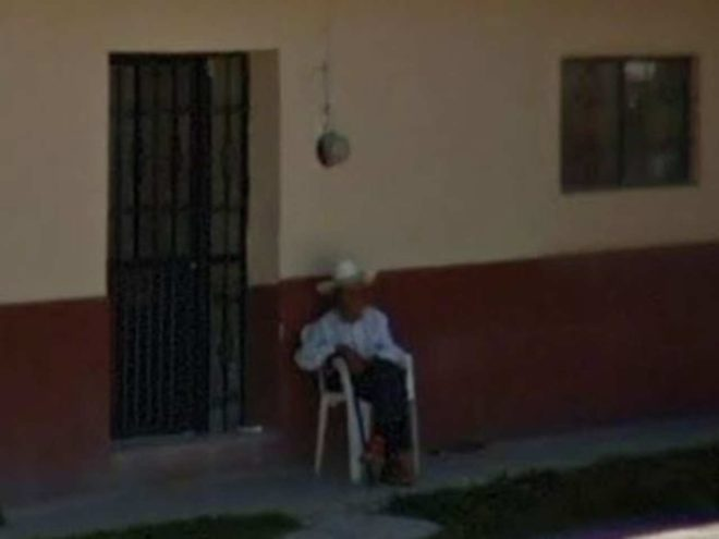Он прощается с дедушкой благодаря Google Maps