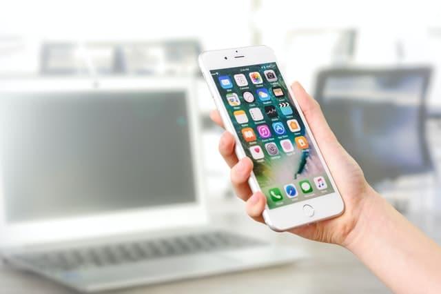 Una guida per il mirroring dello schermo di un iPhone / iPad su un PC o Mac