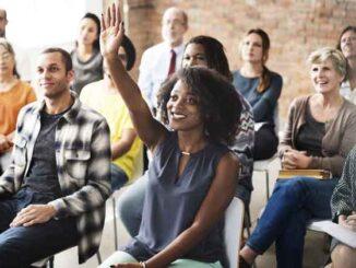 Come alzare una mano in una riunione Zoom